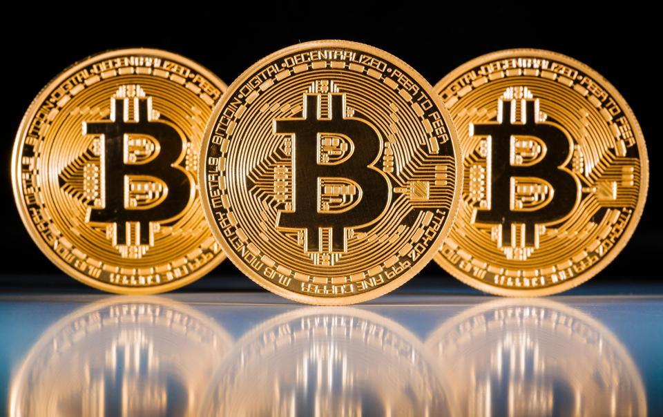 Bitcoin va inlocui aurul
