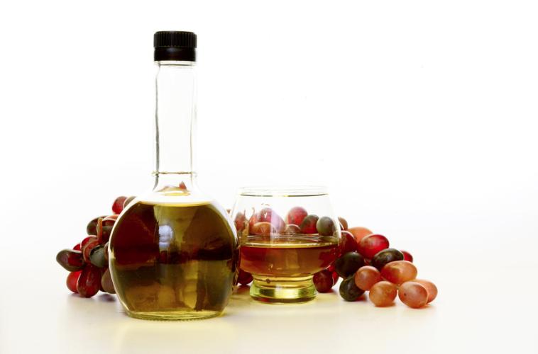 Oțetul de struguri - un remediu pentru menținerea sănătății și frumuseții